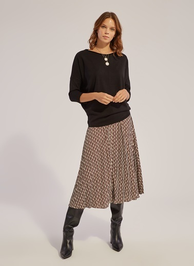 Monamoda Geniş Yaka Yarasa Kol Bluz Siyah